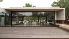 Besonias Almeida Arquitectos | Casa Carassale - Besonias Almeida Arquitectos