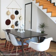living room styling --- #esszimmer #hüte #wandgestaltung #diy #eames #treppe