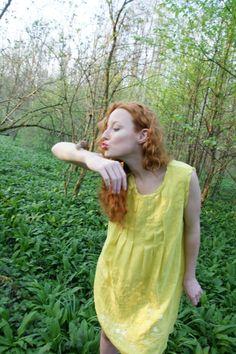 Kuss des Schneckenkönigs ! Summer Dresses, Fashion, Fashion Styles, Kiss, Creative, Moda, Summer Sundresses, Fashion Illustrations, Summer Clothing