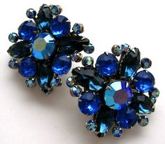 This Is A Beautiful! Pair Of Vintage Signed Judy Lee Blue Rhinestone And Aurora Borealis Coated Ab Rhine. Vintage Costume Jewelry, Vintage Costumes, Vintage Jewelry, Rhinestone Earrings, Vintage Earrings, Blue Sapphire, Jewelry Watches, Jewels, Silver