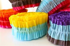Ruffled Streamers tutorial. Easy way to sew up some colorful ruffled streamers for a party. Great!