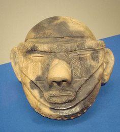 Late Jomon clay head Shidanai Iwateken 1500BCE~1000BCE