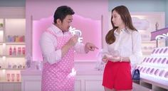 Ma Dong Seok rocks a pink apron in 'Etude House' CF with Krystal! | Koogle TV