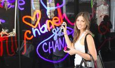 Food   Illustration   Description   Digital graffiti wall captures crowd paritipation for Chanel | Crowd Activation    – Read More –