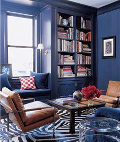 arredare un salotto accogliente - soggiorno con libreria   salotto ... - Soggiorno Blu E Bianco