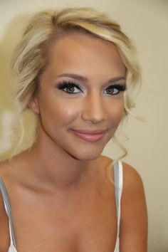 This is totally Katie, BTW. Bride Beauty: Two Makeup Tutorials | Kissable Complexions