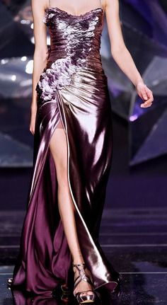 Abed Mahfouz - Haute Couture Spring Summer 2009 - Shows - Vogue. Purple Fashion, Love Fashion, Runway Fashion, High Fashion, Couture Fashion, Abed Mahfouz, Elie Saab, Glamour, Trends