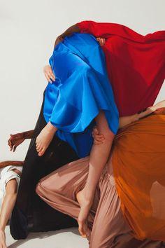 Vogue Italia, I becomes We - Julien Vallon Foto Fashion, Fashion Mode, Fashion Shoot, Editorial Fashion, Fashion Art, Fashion Photography Inspiration, Editorial Photography, Portrait Photography, Fashion Inspiration