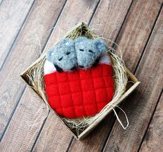 Felted mouse. Little mouse. Cute mouse. Love. Felt toy