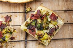 My love for brussels sprouts continues, a few weeks ago I shared my Best Brussels Sprouts Recipe & now I'm sharing this pizza I made last night. It was an impulse dinner, I completely made it u...