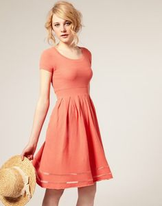 Whyyyyy can't I find a good dress in this color for my BM?!