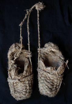 Waragutsu, vintage Japanese shoes, wara, rice straw, noragi