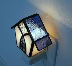 北欧のお家*フローラガラスの青い屋根**フットランプ*お休みランプ*+ステンドグラス|照明(ライト)・ランプ|kokono-magic|ハンドメイド通販・販売のCreema