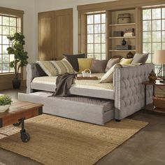 Knightsbridge Queen Size Tufted Nailhead Chesterfield Daybed and Trundle by iNSPIRE Q Artisan