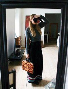 "My ""school"" look... #longskirt #turtleneck #outfitoftheday #leopardprint #longhair #fashionblogger #fashioneditor #lamode  View more on my blog www.Lionsandwolves.com"