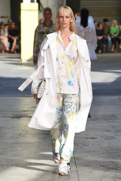 https://www.vogue.com/fashion-shows/spring-2018-ready-to-wear/msgm/slideshow/collection