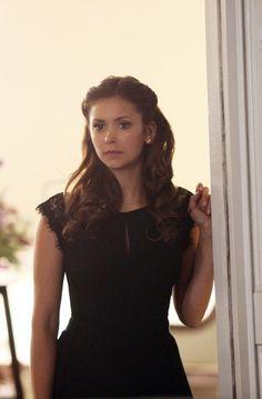 Elena Gilbert in The Vampire Diaries S06E15