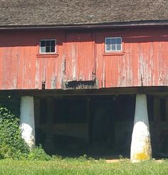 Chester County, PA is home to historic barns. Some are used by farmers, others for horses... some have been converted into homes, restaurants & other businesses. They are all beautiful!