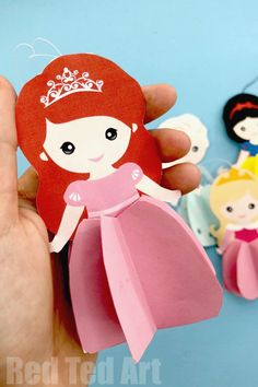 How to make an Ariel Paper Doll. Easy Paper Ariel Doll Ornament. Free Ariel Printable for Christmas Decorations, Ariel Ornament and DIY Paper Dolls.