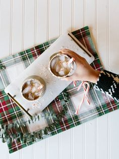 3 Ingredient Cocktails Peppermint White Russians Recipe — The Effortless Chic
