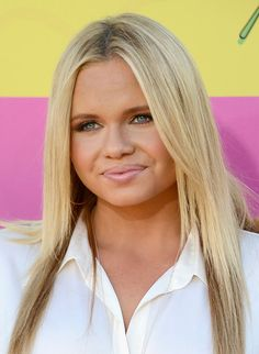 Nickelodeon's 26th Annual Kids' Choice Awards - Arrivals - Alli Simpson