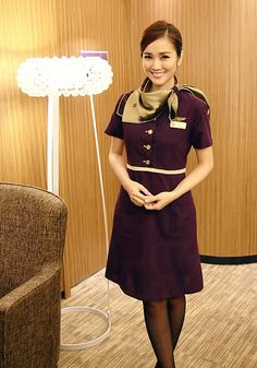 Hong Kong Airlines Chief purser cabin crew uniform 謝安琪 空姐 Look