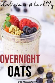 Making Overnight oats is so easy! We combine uncooked oats with milk and other ingredients and set in the refrigerator overnight. By morning, your oats will have soaked up the liquid and be soft, sweet, and creamy. #breakfast #oatmeal #oats #overnightoats #overnightoatmeal #kyleecooks Savory Breakfast, Make Ahead Breakfast, Healthy Breakfast Recipes, Vegan Recipes Easy, Brunch Recipes, Breakfast Buffet, Fun Recipes, Recipes Dinner, Breakfast Ideas