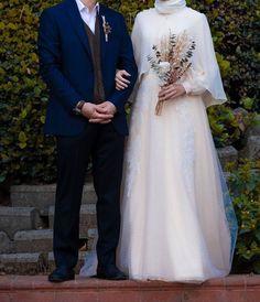 Muslimah Wedding Dress, Muslim Wedding Dresses, Dream Wedding Dresses, Bridal Dresses, Wedding Gowns, Muslim Brides, Wedding Abaya, Wedding Lace, Gothic Wedding