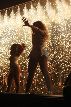 44 Life-Changing Things That Happen At A Beyoncé Concert....I wish..  @Ali Velez Wahl