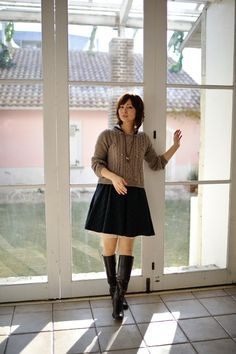 Black Heel Boots, Knee High Boots, Black Heels, Heeled Boots, High Heels, Beautiful Asian Women, Asian Fashion, Asian Woman, Cute Girls