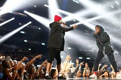 "A$AP Rocky and Twenty One Pilots perform a medley of TOP's ""HeavyDirtySoul"" and ""Lane Boy"" 