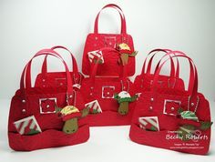 Fashionable Favorites Christmas Purses by geobeck - Cards and Paper Crafts at Splitcoaststampers Christmas Gift Bags, Christmas Paper, Christmas Medley, Xmas Gifts, Christmas Crafts, Diy Handbag, Diy Purse, Paper Purse, Paper Bags