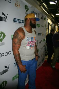 2013 NFL Defensive rookie of the year, Jets DL Sheldon Richardson lookin' tough on the red carpet!