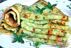 Panquecas de abobrinha com queijo - Food: Zucchini Rezepte - Delicious Pancakes Low Carb Recipes, Vegetarian Recipes, Cooking Recipes, Healthy Recipes, Zucchini Cheese, Cheese Pancakes, Zucchini Pancakes, Soul Food, Food Inspiration