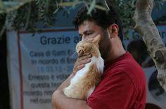Homem decide não fugir de guerra na Síria para cuidar de gatos
