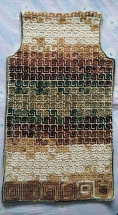 Hand Knitting Women's Sweaters Knitted women's vest, cardigan, sweater financing Crochet Motif, Diy Crochet, Crochet Designs, Crochet Stitches, Crochet Jacket, Crochet Cardigan, Wiggly Crochet, Knitting Patterns, Crochet Patterns