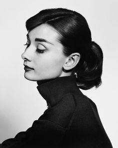 Audrey Hepburn photograph by Yousuf Karsh, 1956.