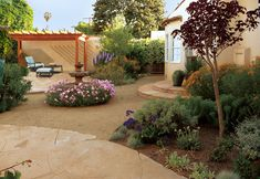 Crushed granite landscaping ideas landscape mediterranean with drought tolerant plants xeriscape