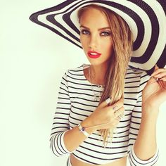 This black and white striped hat and cropped top are adorable!  Women's spring fashion
