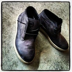 #shoes #sneakers #scarpe #shop #shopping #leather #blog #blogger #fashion #chic #conceptstore #italiandesign #urban #style #street #outfit #wellness #moda #mode #newsneakers #vogue #gq