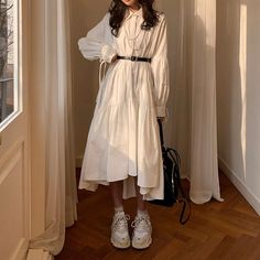 Image in Dress collection by ᯽𝕔𝕒𝕟𝕕𝕪 𝕗𝕝𝕠𝕤𝕤᯽ on We Heart It Korean Outfits, Mode Outfits, Retro Outfits, Stylish Outfits, Dress Outfits, Vintage Outfits, Long Skirt Outfits, Girly Outfits, Stylish Dresses