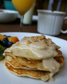 Banana Pancakes with Macadamia Nut Sauce....hmmmm really hoping that this tastes like Boots and Kimos