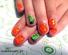 31 zdobień paznokci w miesiąc - część 1, kolory