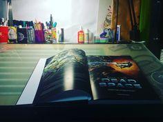 Зашёл к Теме, листаю книгу по одной из любимых игр dead space❤️ #chelyabinsk #chely #tattoostudio13 #13 #deadspace #russia