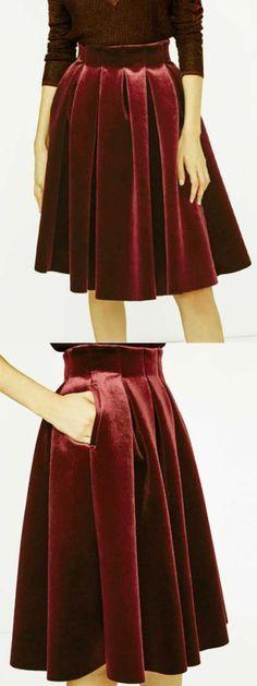 Adore this red velvet skirt. Choies.com