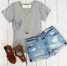 Weekday Love V-Neck Tee {Gray}