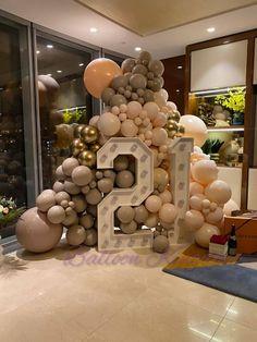 18th Birthday Party Themes, 21st Bday Ideas, Birthday Wall, Backyard Birthday, Adult Birthday Party, 30th Birthday, Birthday Ideas, Birthday Decorations At Home, Birthday Balloon Decorations
