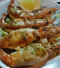 Cocina Basica y Fresca: CHIPIRONES RELLENOS CBF@ Spanish Dishes, Spanish Food, Spanish Kitchen, Pescado Recipe, Camping Breakfast, Fish Stew, Yummy Food, Tasty, Japanese Food