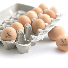 A Fresh Eggs stamp is a great way to personalize your backyard chicken eggs from your own chicken coop. Homesteading? Theres a mini size just for chicken eggs and larger customizable sizes for egg cartons, tags and labels. It makes a great gift, especially a hostess gift or housewarming gift. Can also say JUST LAID ____________________________________________ S I Z E . O F . S T A M P . I M P R I N T 1 inch square stamp with 1/2 inch imprint to fit ON EGGS - NO Customization please - FOR…