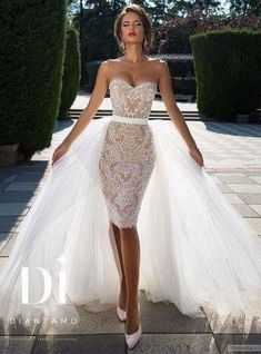 Diamtano short lace wedding dress with tulle train. - Diamtano short lace wedding dress with tulle train. Have fun with RUSHWORLD boards, WEDD … - Short Lace Wedding Dress, Dream Wedding Dresses, Wedding Gowns, Tulle Wedding, Wedding Dressses, Modest Wedding, Trendy Wedding, Mermaid Wedding, Wedding Styles